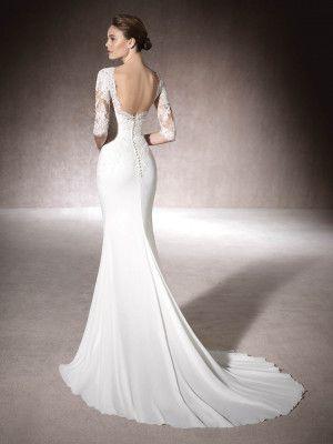 8 best Hochzeitskleider images on Pinterest | Neckline, Wedding ...