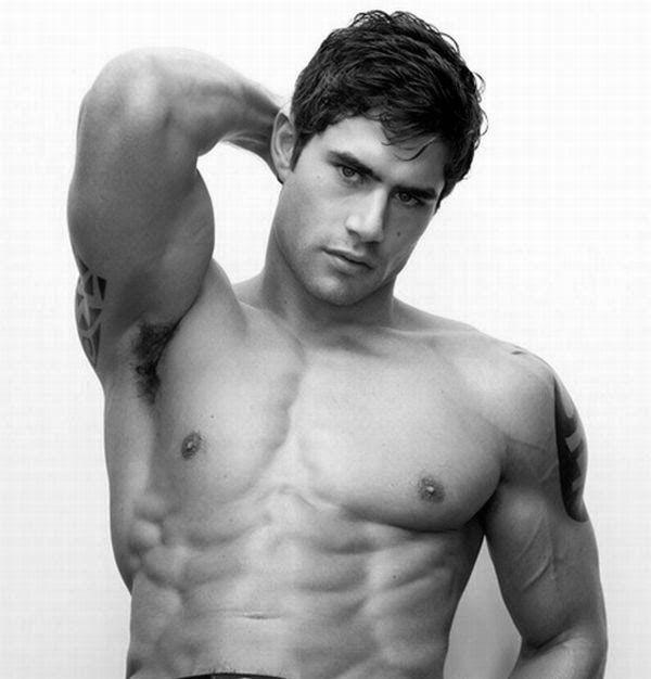 Uomo, Sensualità, Fascino maschile, Erotismo, Trasgressione, Bellezza Maschile