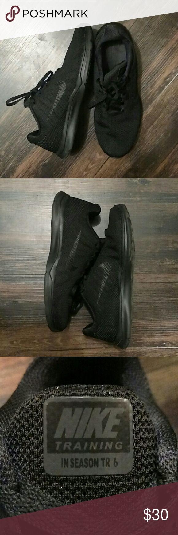 Nike Training shoe size 7.5 Black on black - Training In Season TR 6 Nike Shoes Athletic Shoes