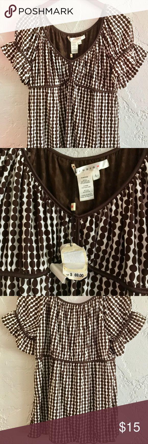 Studio M Women's Polka Dot Shirt Size L *NWT* $69 Studio M Women's Polka Dotted Shirt Size L *NWT*, retails for $69 Studio M Tops Blouses