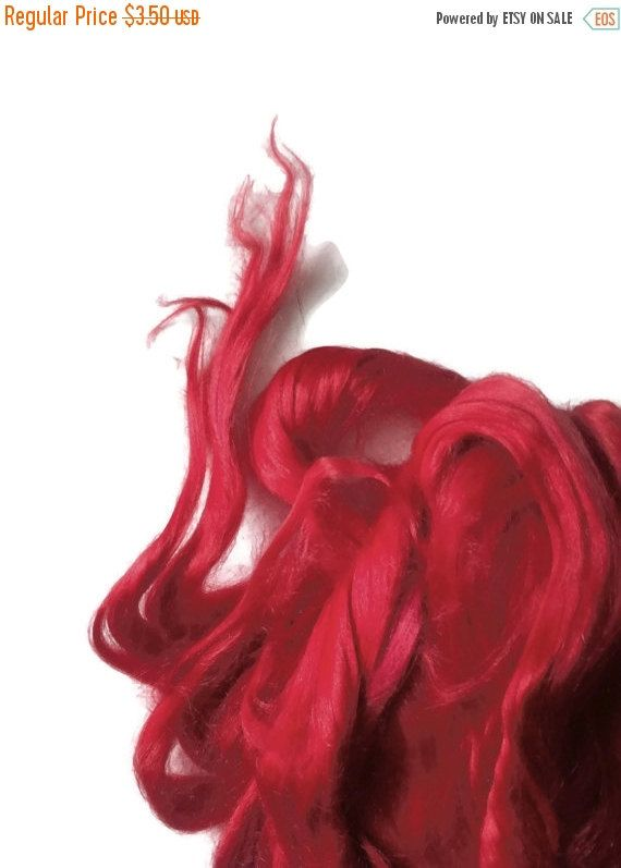 SALE Ramie Roving : Ramie fibers in tones of Passion Red