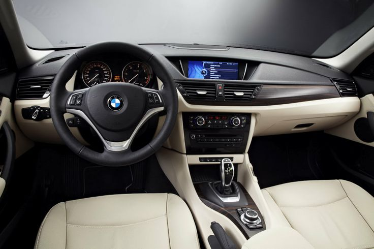 BMW | Vazou: BMW X1 reestilizado aparece em primeiras imagens oficias