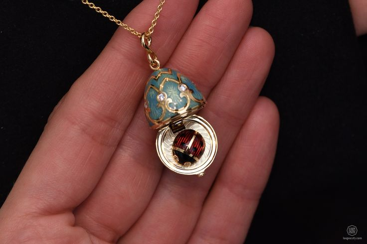Fabergé, Palais Tsarskoye Selo Turquoise Locket with Ladybug, turquoise guilloché enamel and round white diamonds, set in 18 karat yellow gold