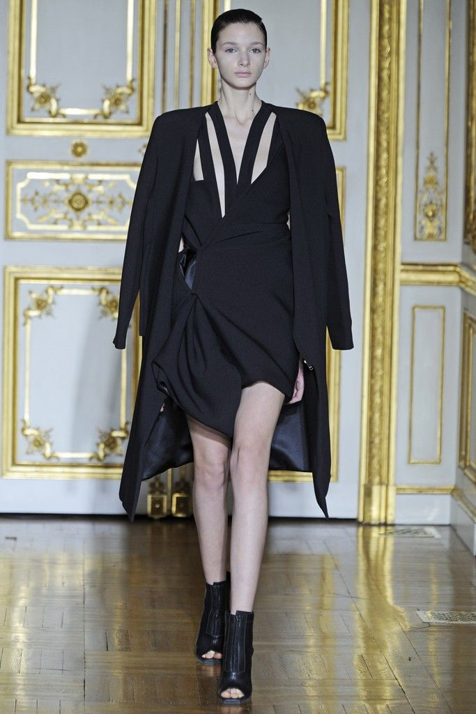 Rad Hourani Couture Spring 2014 - Slideshow - Runway, Fashion Week, Fashion Shows, Reviews and Fashion Images - WWD.com