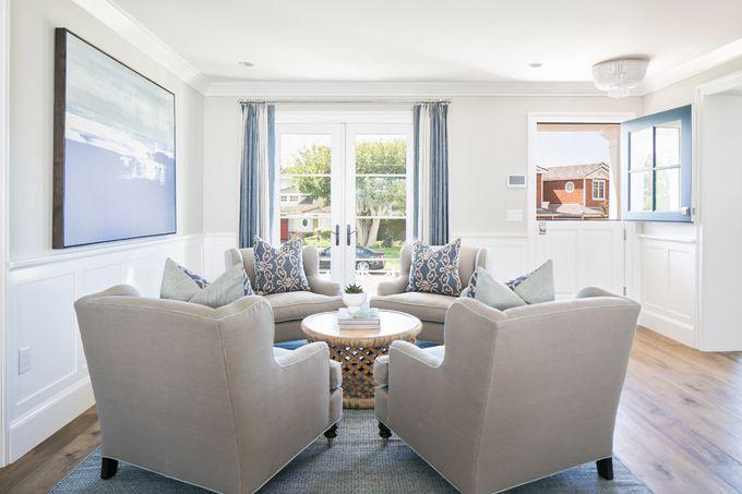 Conversation area brooke wagner design lovely living for Living room conversations