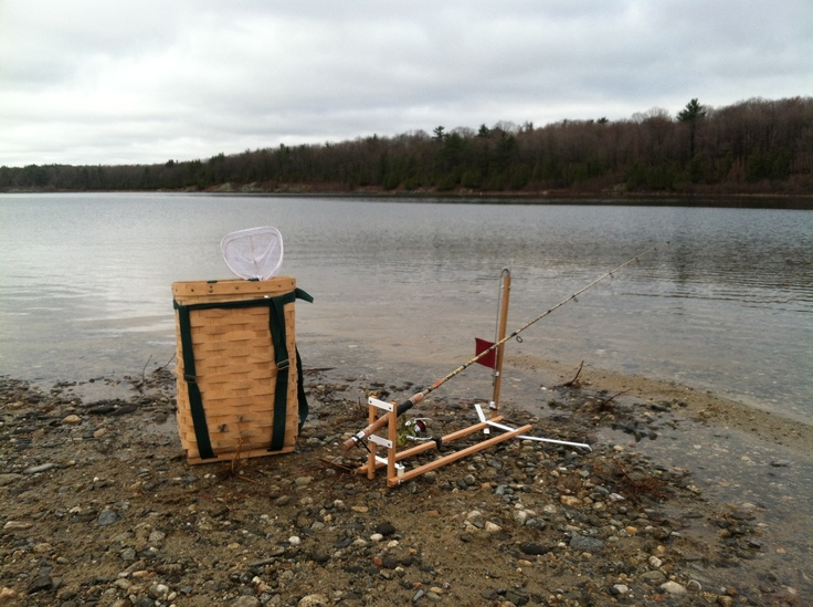 8 best images about ice fishing on pinterest this for Ice fishing traps
