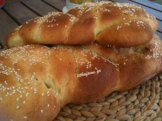 Τσουρέκια νηστίσιμα - Tithafame - Συνταγές Μαγειρικής
