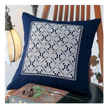 Coussin en broderie kogin / Kogin cushion kit