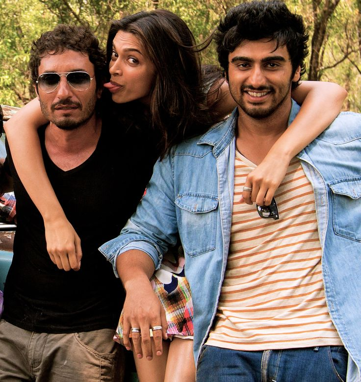 Because being odd balls is so much better, right? #HomiAdajania #ArjunKapoor #DeepikaPadukone #Dna #FindingFanny