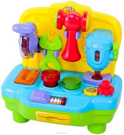 """Playgo Развивающий центр Моя первая мастерская  — 1840р. ------- """"Моя первая мастерская"""" от компании Playgo - это многофункциональный развивающий центр, с помощью которого мальчишки узнают назначение различных инструментов и научатся основам работы с ними. Игрушка представляет собой красочный верстак, на котором закреплены различные инструменты: сверлильный станок с опускающимся и поднимающимся сверлом, дисковая пила, а также гаечный ключ и молоток, для которых на верстаке предусмотрены…"""