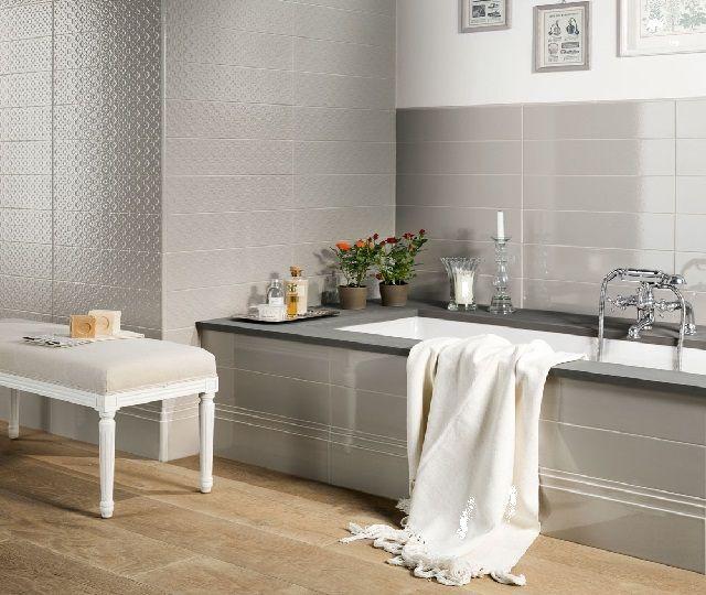Bathroom Tiles for Small Bathroom