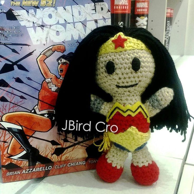 Wonder Woman! (7.5 inch, crochet)