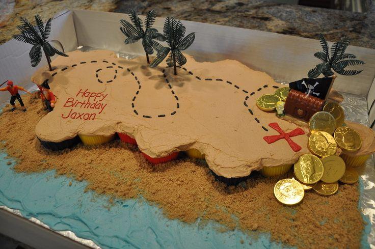 pirate party Cupcake Treasure Map cake