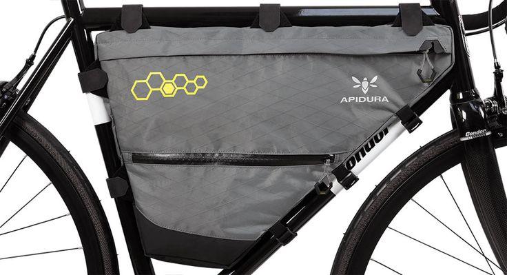 MarchasyRutas Apidura ofrece una interesante línea de bolsos para el cuadro de la bicicleta para gran capacidad de almacenamiento