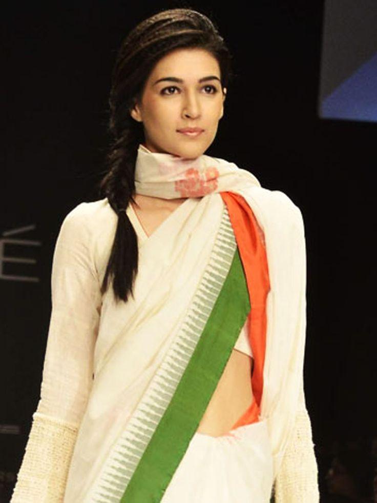 Kriti Sanon in Hot Saree