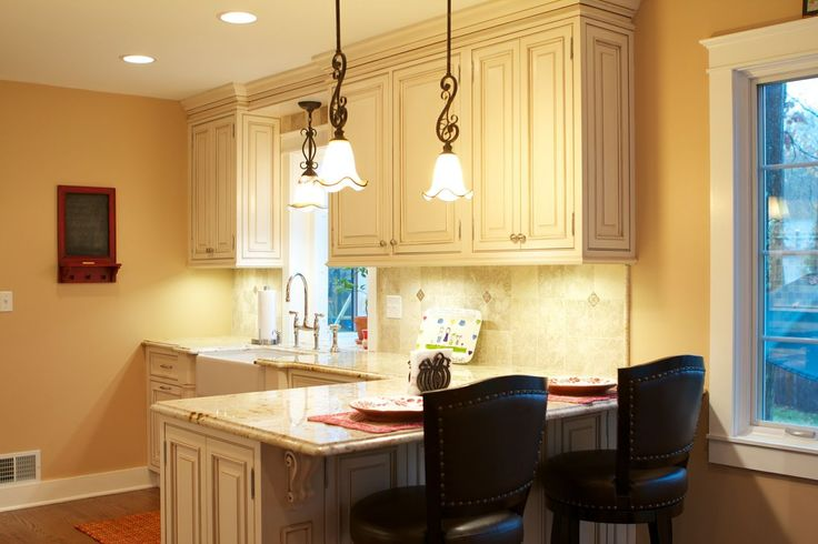 Traditional Kitchen, Granite Counter Tops, Peninsula Seating, Tile Back  Splash, White Kitchen