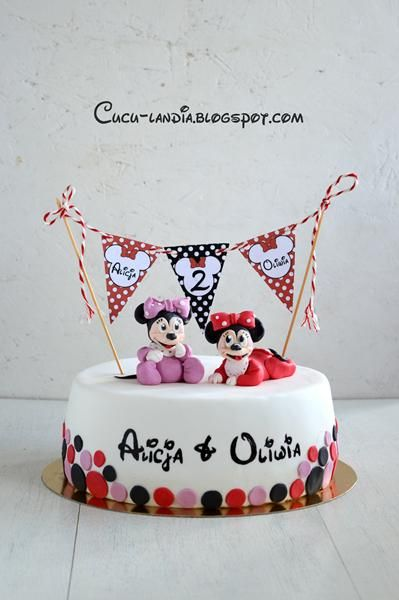 Minnie Mouse cake for twins