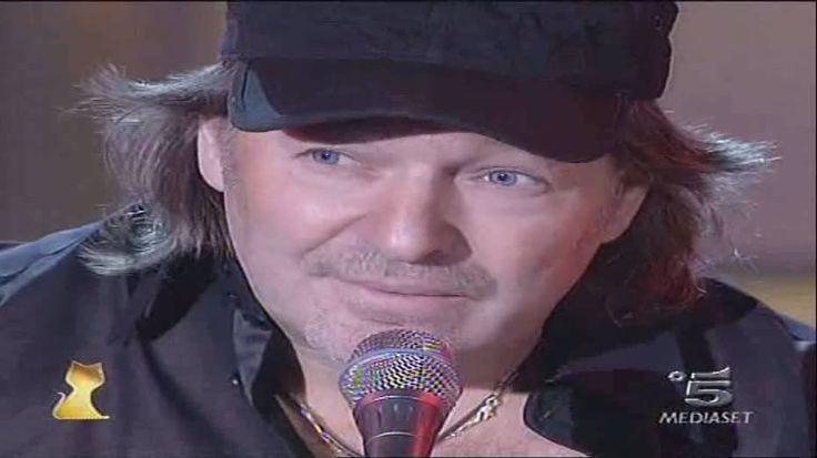 Vasco Rossi - 2006 - Sally (live Telegatti)