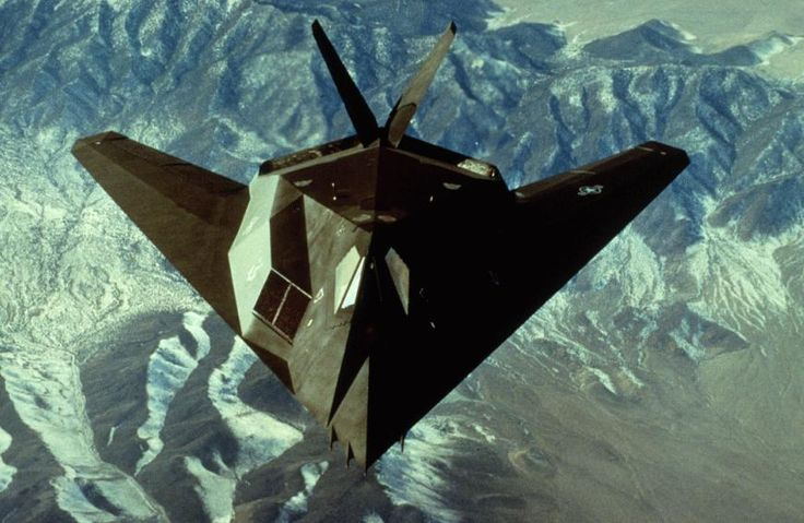 Flying Aventador: Stealth Aircraft, Military Aircraft, Complete Design, F 117 Stealth, Stealth Fighter, Faceted Design, Favorite Planes, F117 Nighthawk, F 117 Nighthawk