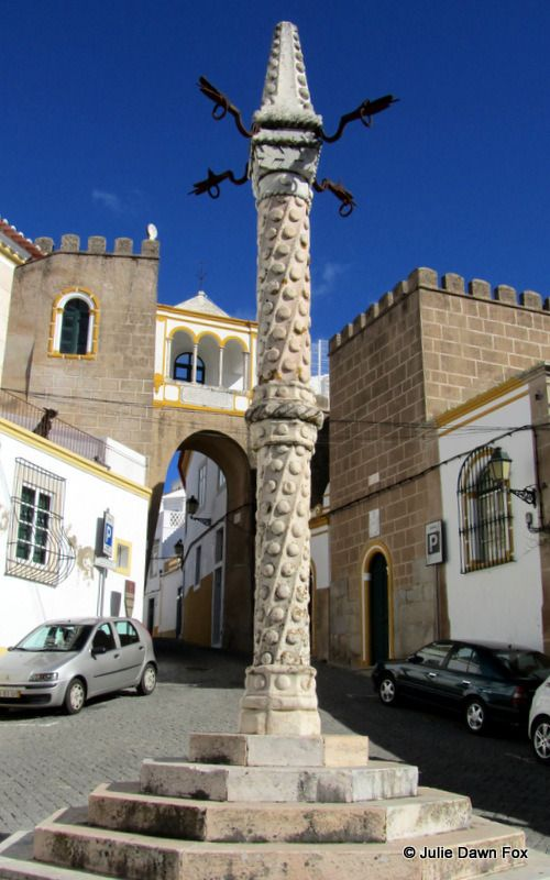 elvas muslim The cheapest way to get from elvas to córdoba costs only 29€ it was a roman settlement, then colonized by muslim armies in the eighth century.