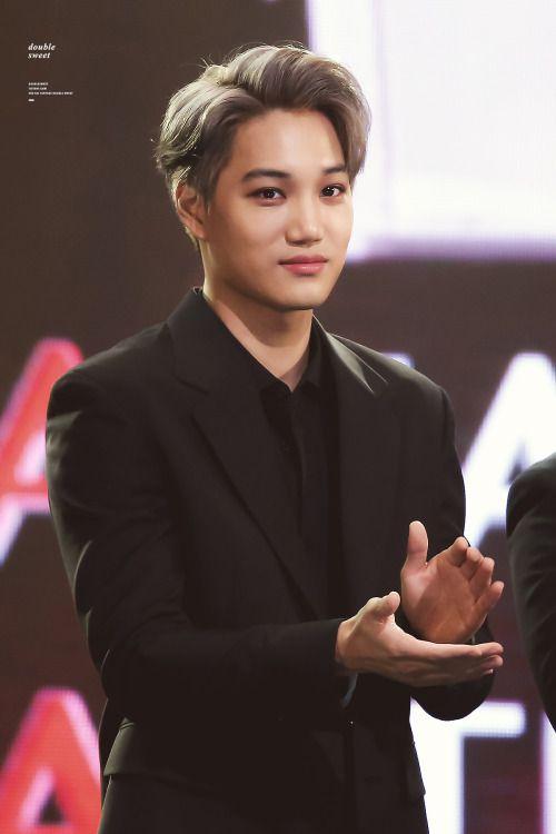 Kai - 161116 2016 Asia Artist Awards Credit: Double Sweet.