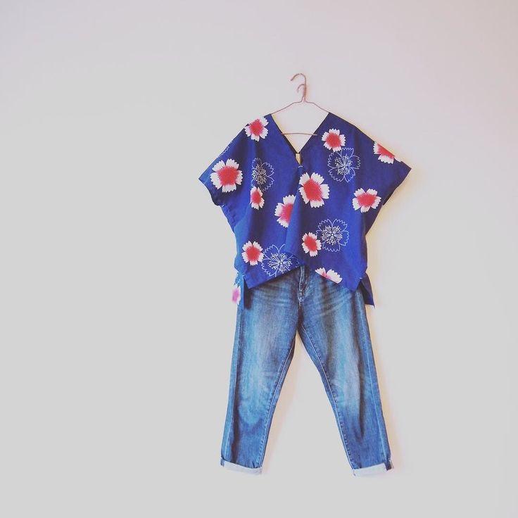 あっという間に嫁いで行きました生地はカットしてあるのでもう1枚製作予定です  #kimono  #kimonofashion  #antiquekimono  #vintagekimono  #japanesekimono #kimonojacket #kimonocardigan #haori  #craftsmanship  #Welovecollect  #bohostyle  #bohochic  #rikashioyaboutique #hongkonghandmade #着物 #着物リメイク #銘仙 #etsy #creema #浴衣 #浴衣リメイク