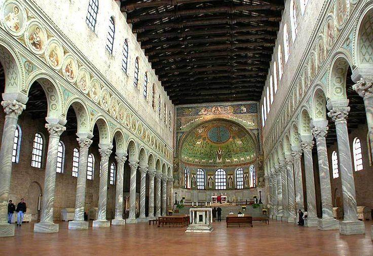 wnętrze bazyliki San Apollinare in Classe