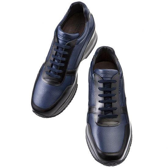 Sneakers rialzate in pelle pieno fiore martellata e pelle di vitello lucida nera. Le scarpe con rialzo create artigianalmente in Italia.