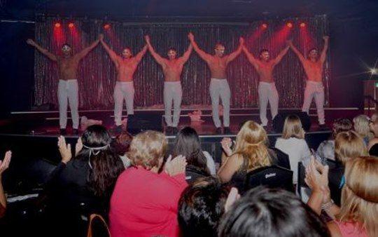 Cena Show Stripers Buenos Aires – Magic Club San Telmo -Ideal para festejar despedidas de solteras, divorcios, separaciones o salida de amigas. Cena show para despedidas en San Telmo. EL PREC…