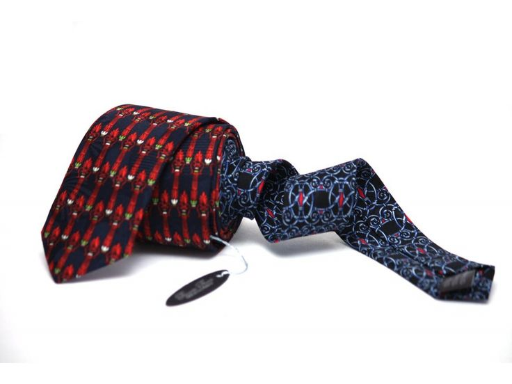 http://www.galantier.cz/obleceni-a-moda/cerno-oranzova-kravata-s-ornamentem/?utm_source=pinterest&utm_medium=display&utm_campaign=kravaty