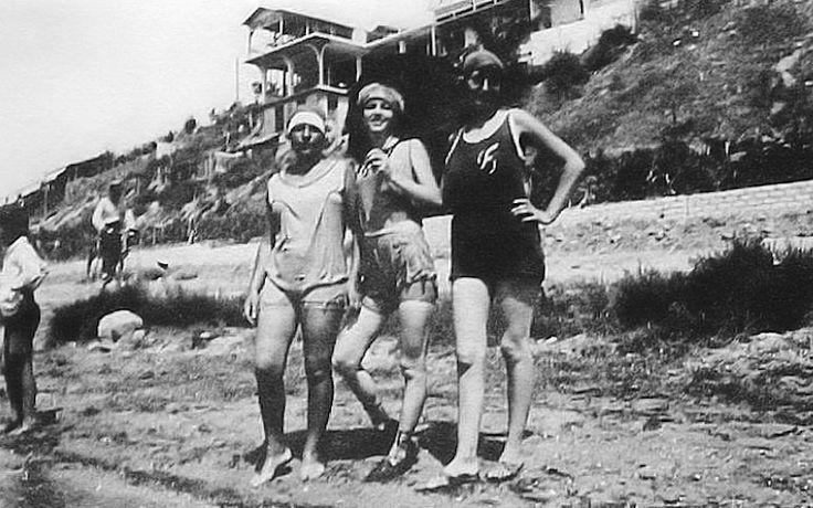 """Αρετσού - μπάνιο μπροστά στον """"Παράδεισο"""" τη δεκαετία του 1930"""