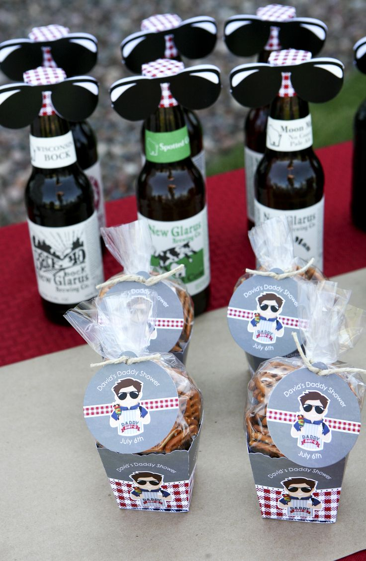 Man Shower Bottle Toppers // Daddy Baby-Q Party Decor // BigDotOfHappiness.