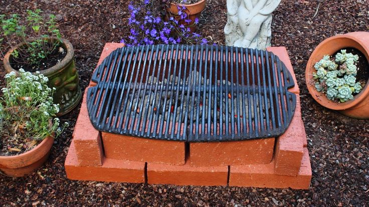 """How to Make a Brick Grill - DIY Temporary Brick Hibachi Grill. """"If you want it to be more than """"temporary"""" spend the money for fire rated bricks. They will hold up. General bricks will crack, flake, and eventually fall apart from the heating and cooling. Use general bricks to make it waist high, then use fire bricks to make the BBQ pit."""" And that bucket full of charcoals = """"Its called """"chimney starter"""" or """"charcoal chimney"""". Due to it's shape and the holes, the charcoal ignites very…"""