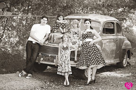 love the vintage family portrait- I'd like to do something like this that is a bit more authentic- less frillyness and more accurate 50's style.