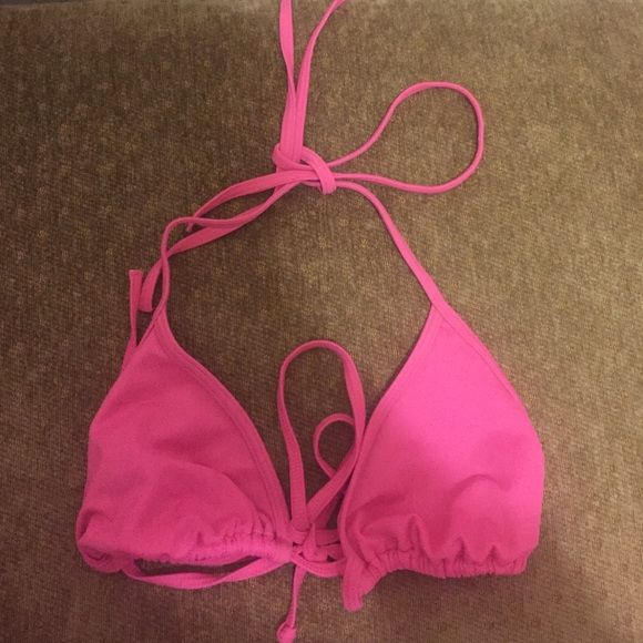 NWOT Victoria's Secret PINK triangle bikini top Never before worn and in wonderful condition! Victoria's Secret Swim Bikinis