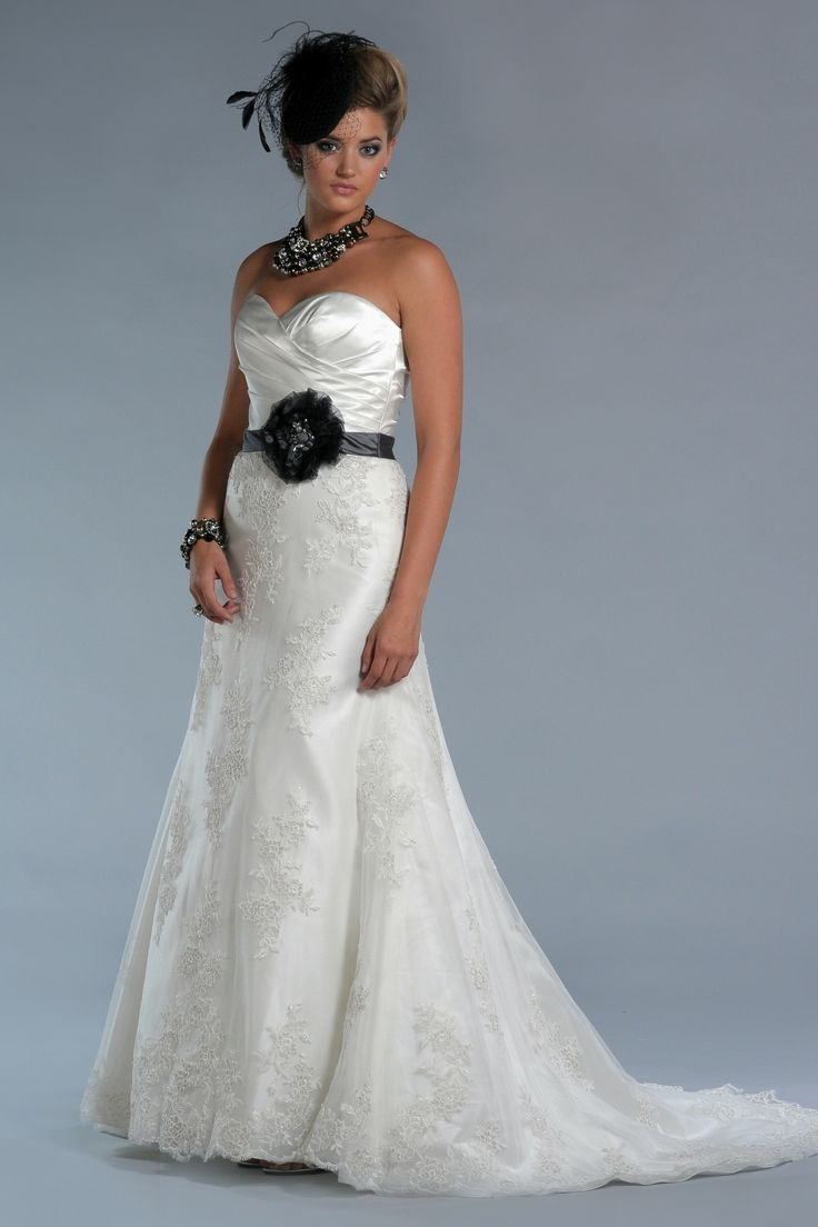 848 best A Line Wedding Dresses images on Pinterest   Wedding frocks ...