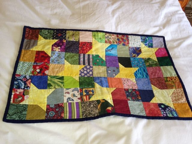 Mria Williams: Learning to quilt on my sewing machine