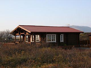 Une cabane en rondins à deux chambres entièrement moderniséesLocation de vacances à partir de Islande du Sud @homeaway! #vacation #rental #travel #homeaway