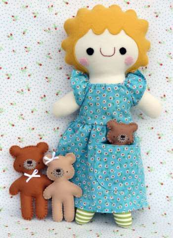 Goldilocks+%26+3+Bears+-+by+Two+Brown+Birds+-+Softie+Doll+PatternSECONDARY_SECTION%2416.50%3A+Fabric+Patch%3A+Patchwork+Quilting+fabrics%2C+Moda+fabric%2C+Quilt+Supplies%2C%A0Patterns