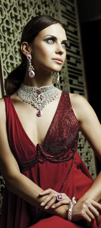 Christmas at Miss Millionairess's.... Christmas: Glamour and Traditional....,