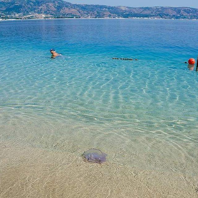 #Soverato #Calabria #instaitalia #igerscalabria #sea #ig_calabria #direzione_calabria #soveratoweb #loves_italia #ig_catanzaro #ig_worldclub #igerssoverato #landscapes_calabria #beach #calabria_city #volgocalabria #calabriamia #calabriadaamare #Cal #loves #Cam #c #italia #italy #italian #ita