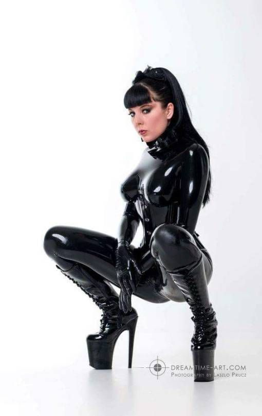 swinger club bayern latex catsuit tease