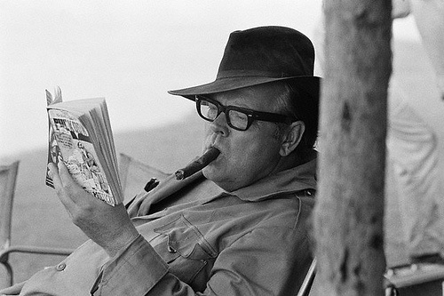 Orson WellesPhotos, Reading, American Actor, Famous People, Stars, Book, Orson Welles, Celebrities, Famous Reader