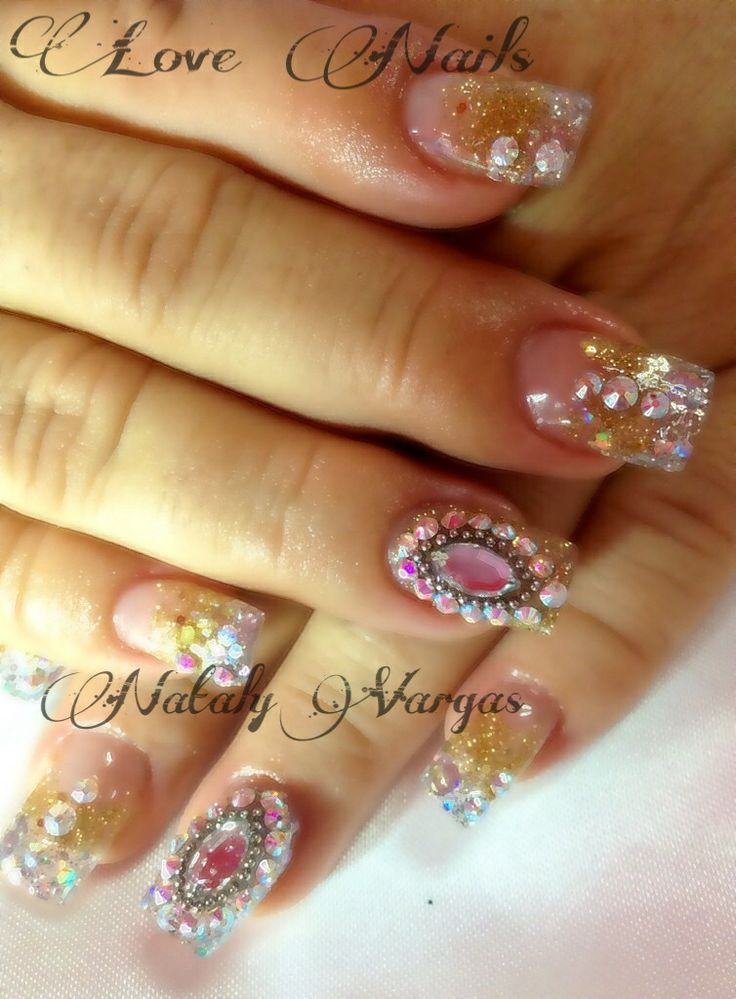 15 best images about nails on pinterest elegant nail art for Unas con piedras swarovski