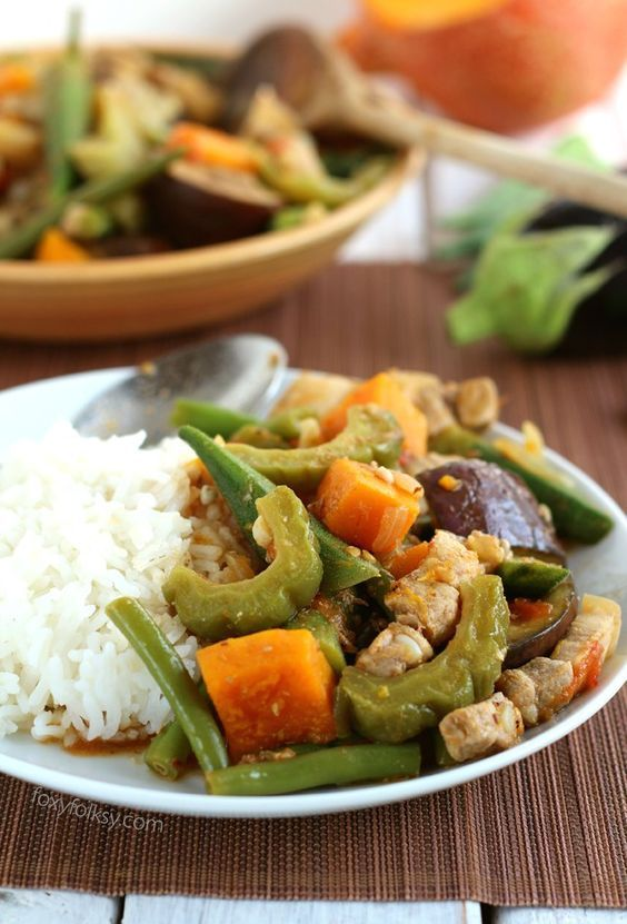 Try this easy recipe for Pinakbet or Pakbet, a Filipino vegetable dish that is flavorful as it is colorful.   www.foxyfolksy.com