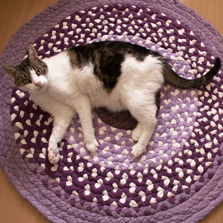 kobereček - hadrák - spletený -  kulatý - fialový