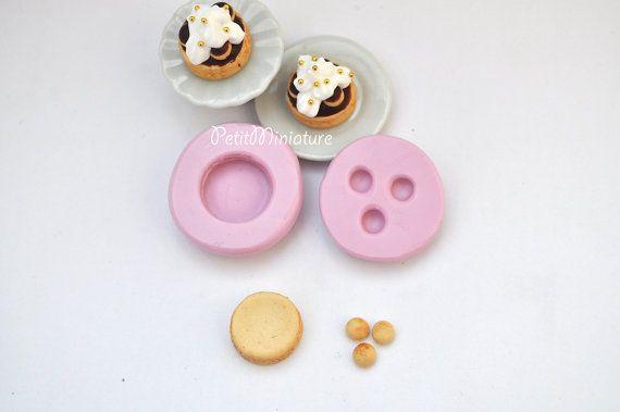 Moule à gâteau miniature de maison de poupée silicone moule-gâteau chocolat de Saint honorè 1 cm ST075