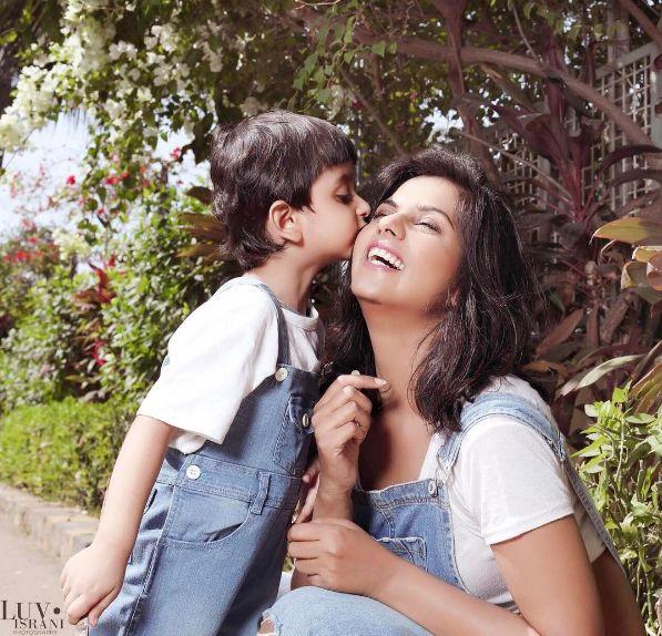Daljeet Kaurs ADORABLE photoshoot with son Jaydon will melt your hearts!