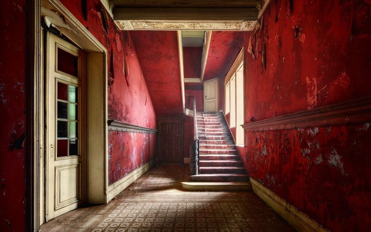 abandoned walls | Red walls inside the abandoned house wallpapers and images ...