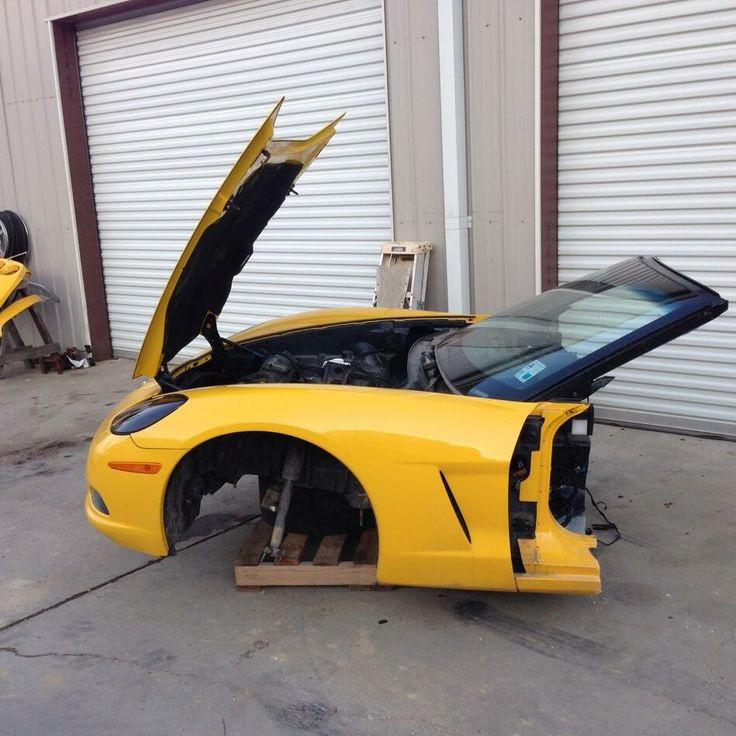 2005 Corvette front clip for sale. Recycling Corvettes since 1998. This is absolutely the best business in the world. We know these cars inside & out.  1 888 467 8388. www.corvettealvage.com  #corvetteparts #corvette #corvettesalvage